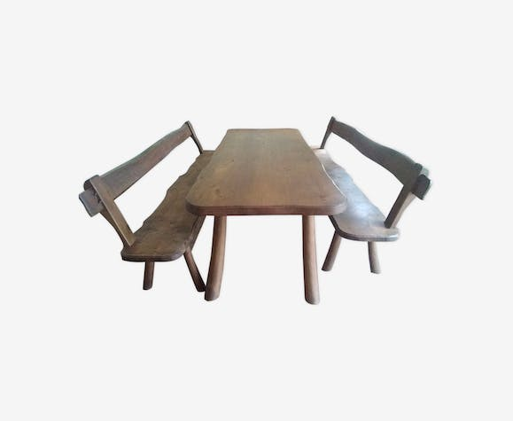 Table and benches in solid oak