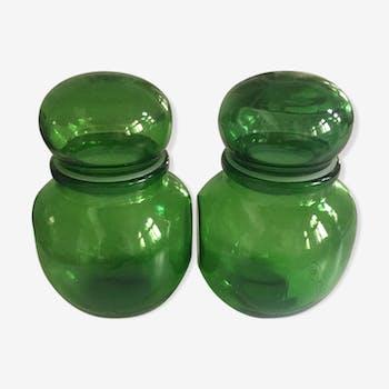Duo of pots