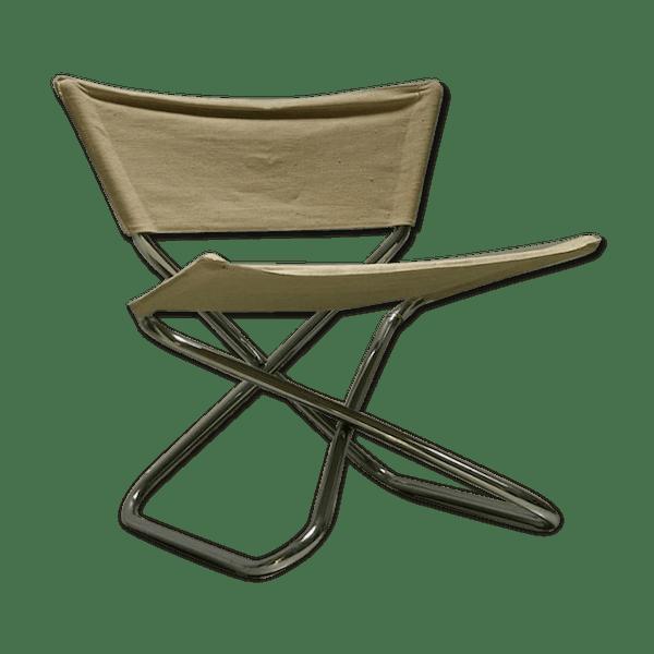 Chaise En Toile Par Erik Magnussen