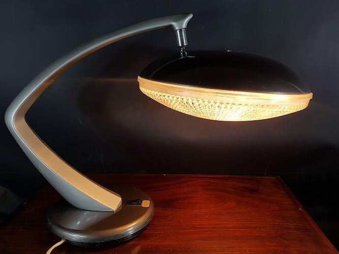 Lampe de table Boomerang  par Luis Perez de la Oliva & Pedro Martin Garcia pour Fase, 1960s