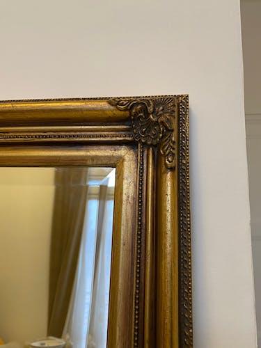 Miroir rectangulaire doré finition 70cmx80cm