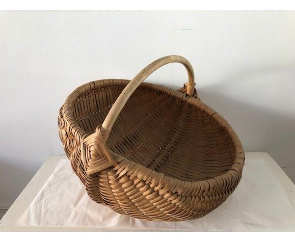 Vintage rattan basket