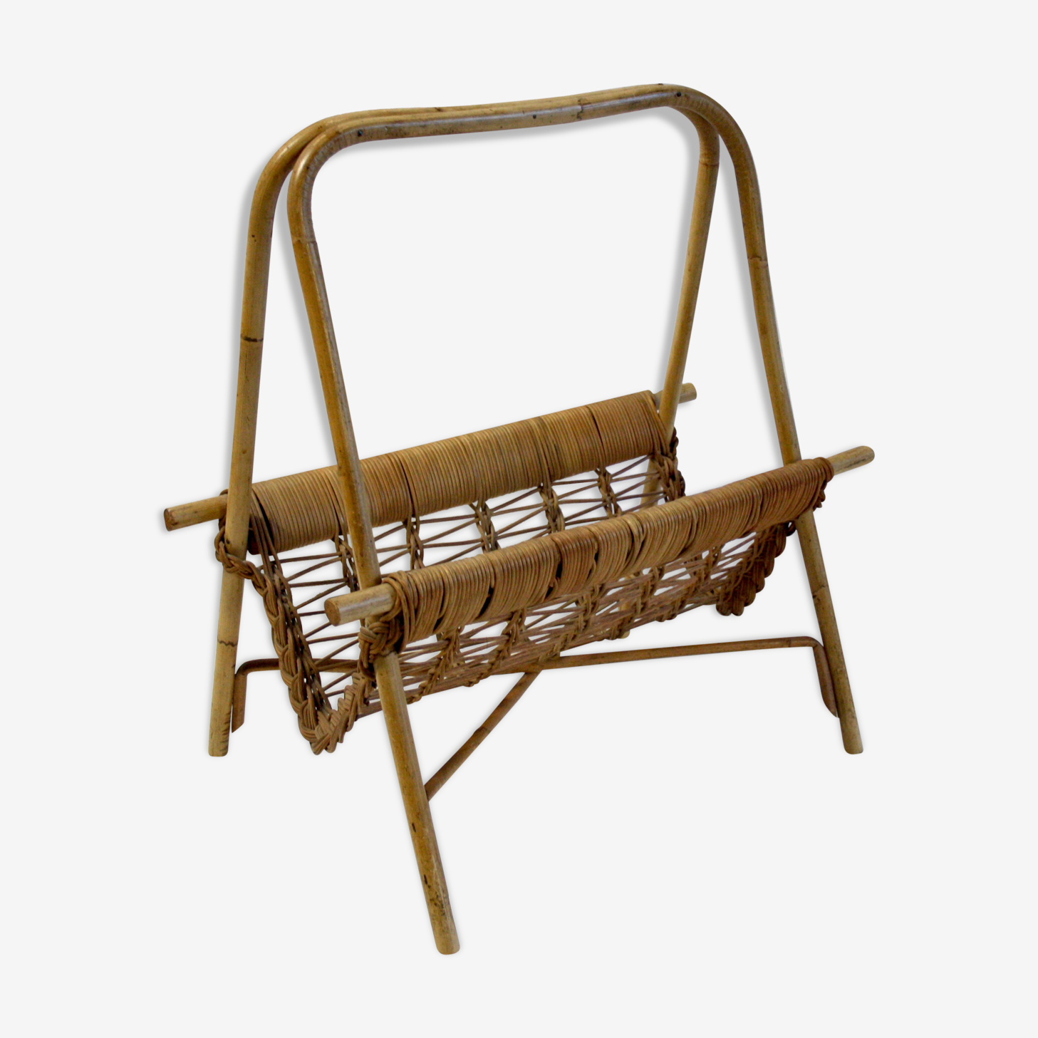 Magazine rack Wicker circa 70