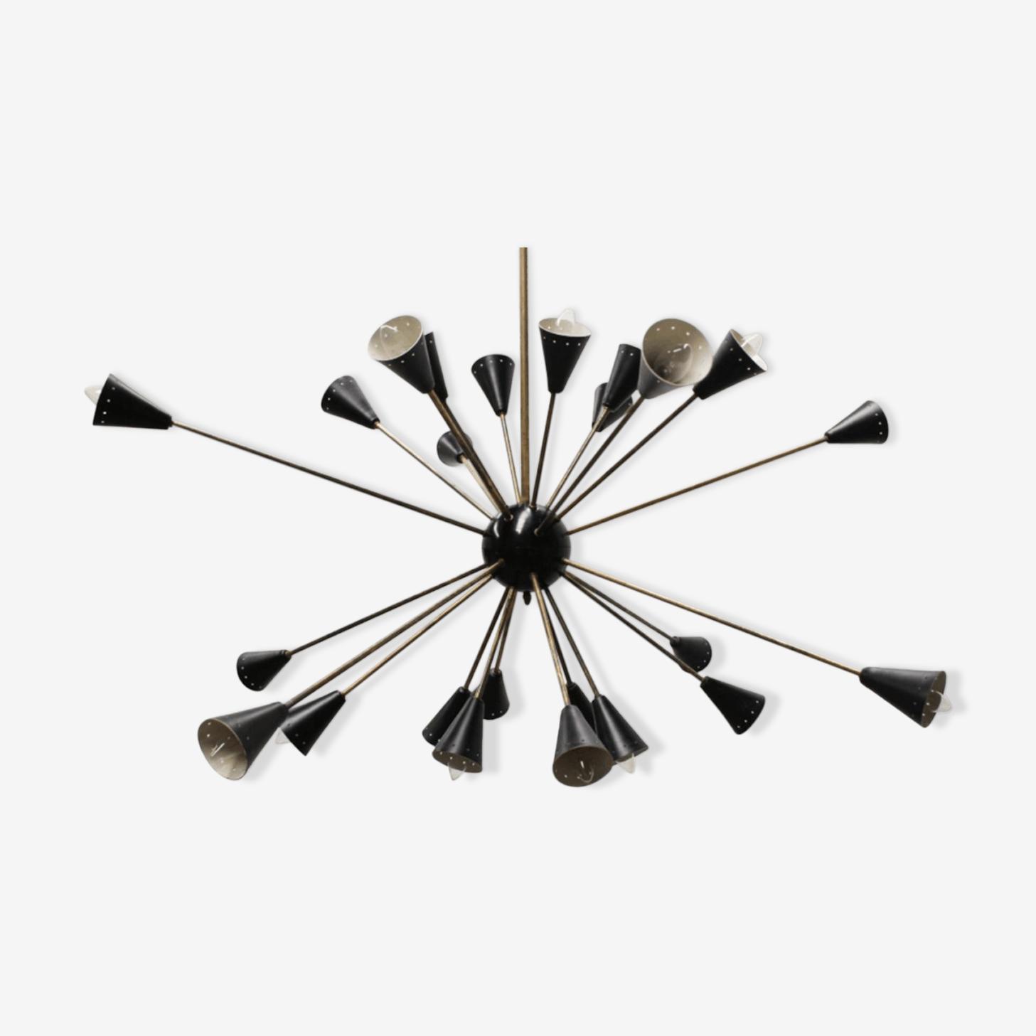 Lustre sputnik à 24 bras en laiton et métal laqué noir