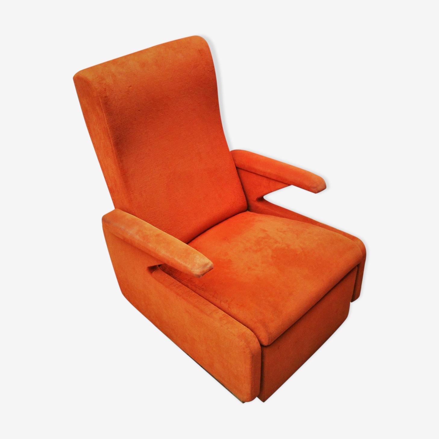 Erton armchair