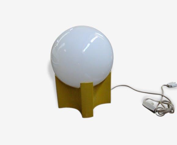 Lampe Design Italien Pietement Jaune Et Boule Verre Opaline