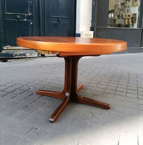 Table ronde teck massif ed. NF 1960