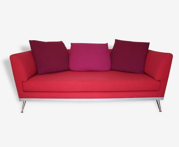 Canap fugue ligne roset tissu rouge design 98582 for Canape lit ligne roset