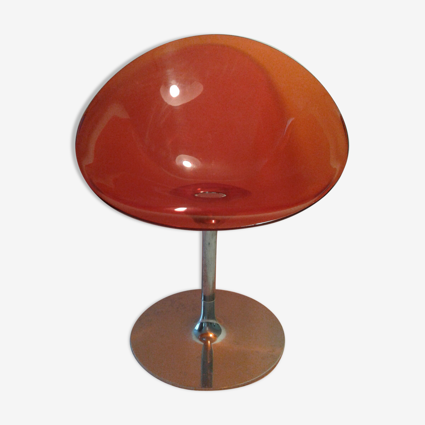 Fauteuil rouge pivotant kartell Ero by starck