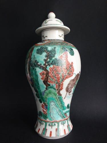 Vase balustre famille verte pot couvert Kangxi Chinese porcelaine XIX