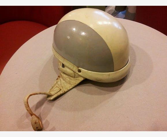 Casque De Moto Vintage Des Annees 60 Plastic Grey