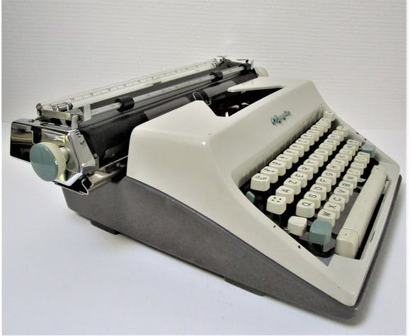 Machine typewriter Olympia big 60s cart