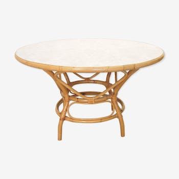 Table ronde en rotin par Rohe