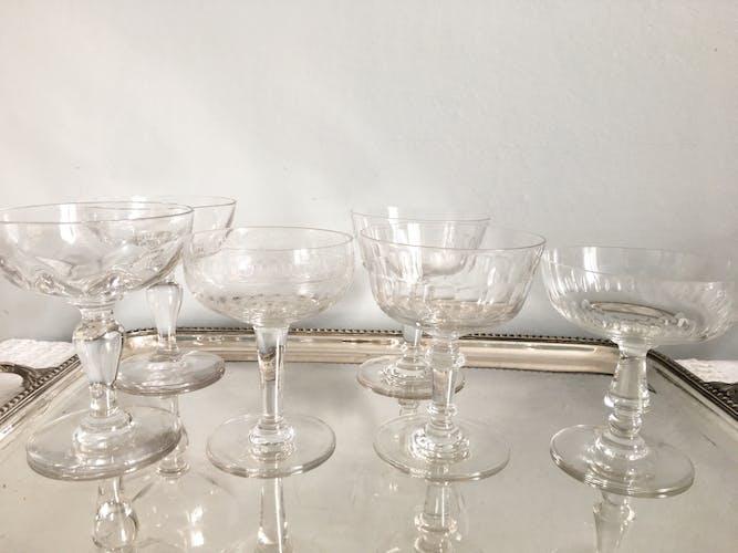 Set de 6 anciennes coupes à champagnes dépareillées