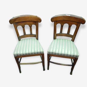 Paire de chaises en merisier et tissus