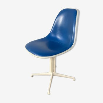 The Fonda chairs by Charles Eames  editor Herman Miller 1960