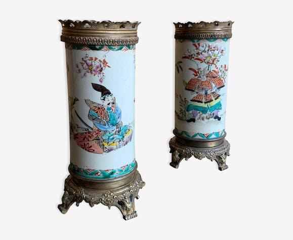 Paire de vases rouleaux asiatiques