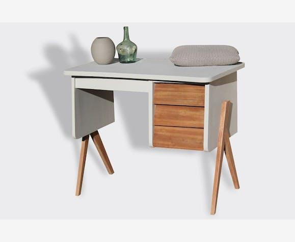 awesome petit bureau scandinave photos. Black Bedroom Furniture Sets. Home Design Ideas