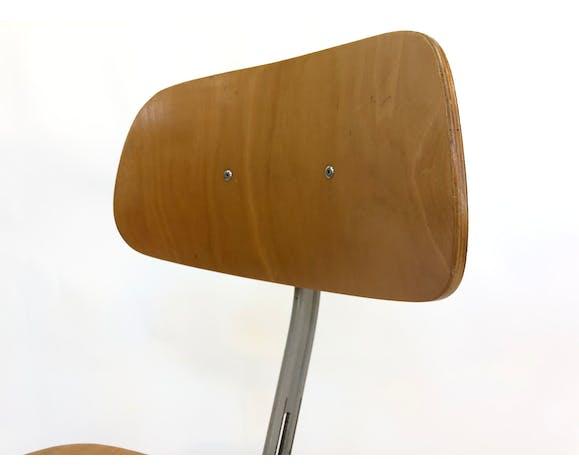 Work Chair / industrial dessinante designed by Friso Kramer for Ahrend De Cirkel Netherlands