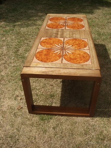 Flower coffee table