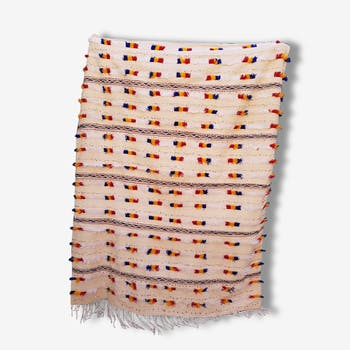 Tapis en laine brodé et perles, 175x222
