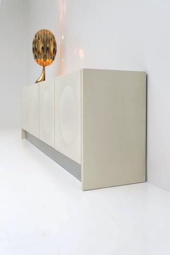 Buffet en blanc ivoire des années 1970