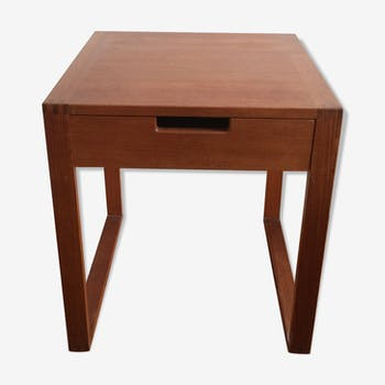 Table de chevet scandinave