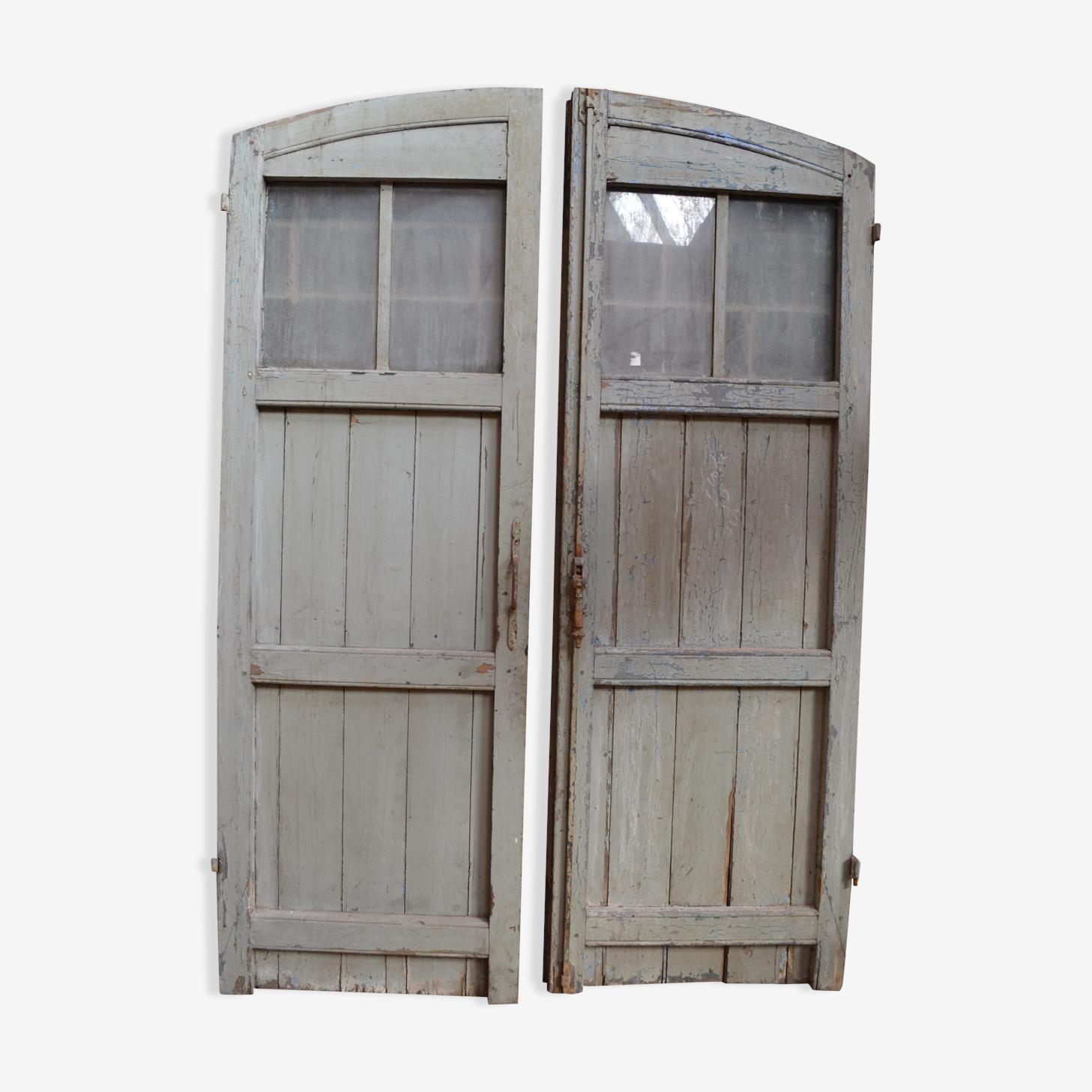 Paire de portes anciennes en bois et métal