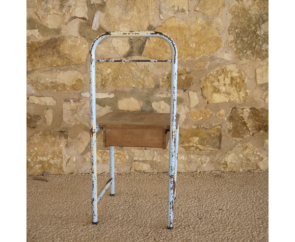 Boarding bedside chair in blue metal and wood