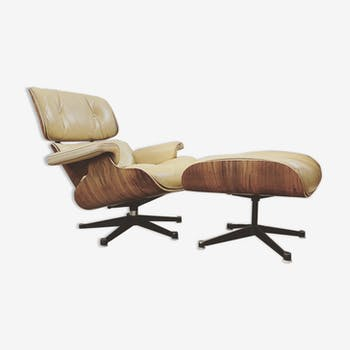 Lounge chair and ottoman Charles & Ray Eames international furniture edition circa 1980