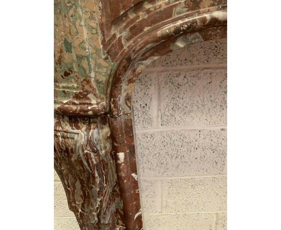 Cheminée Louis XV en marbre rouge de Rance XVIII siècle