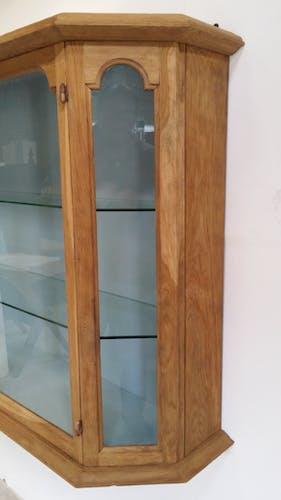 Vitrine murale en bois