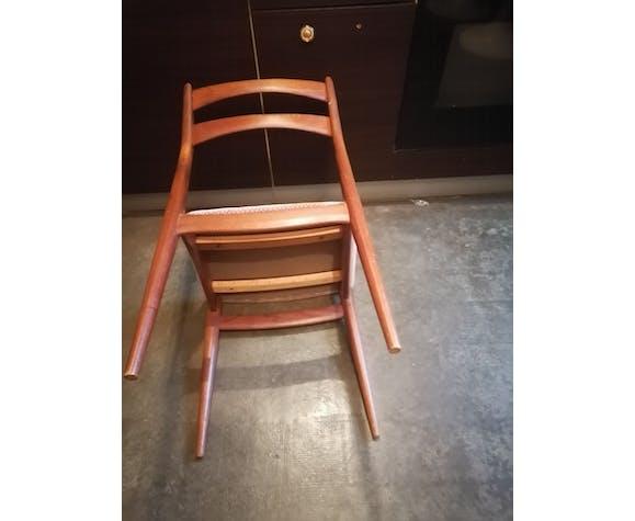 Lot 4 chaises teck scandinaves 1960 tissu