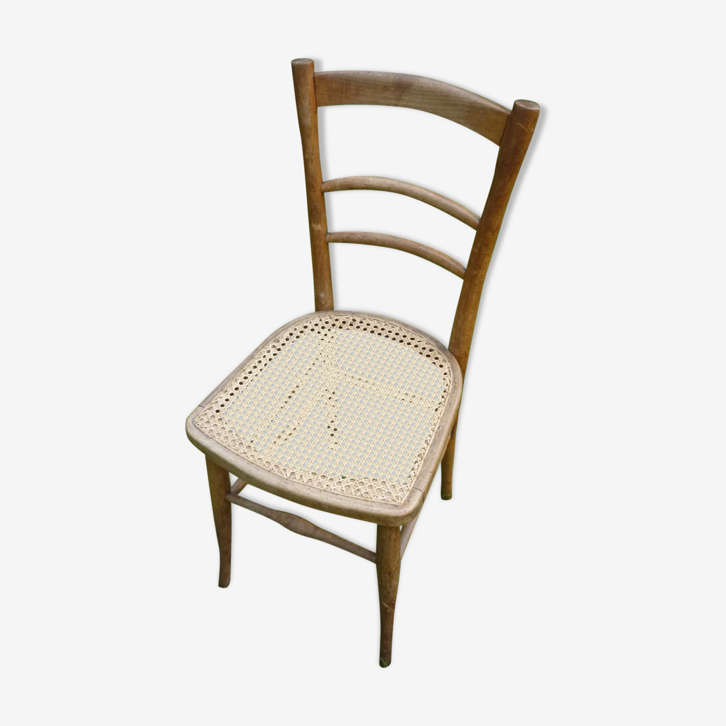 Chaise cannée style bistrot en bois