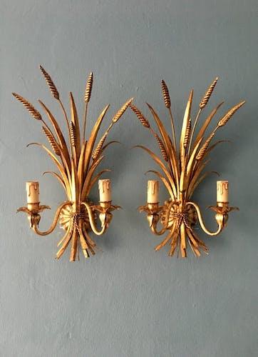 Pair of Italian Hollywood Regency metal wall lamps by Hans Kogl