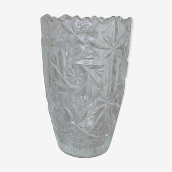 Vase en verre moulé vintage