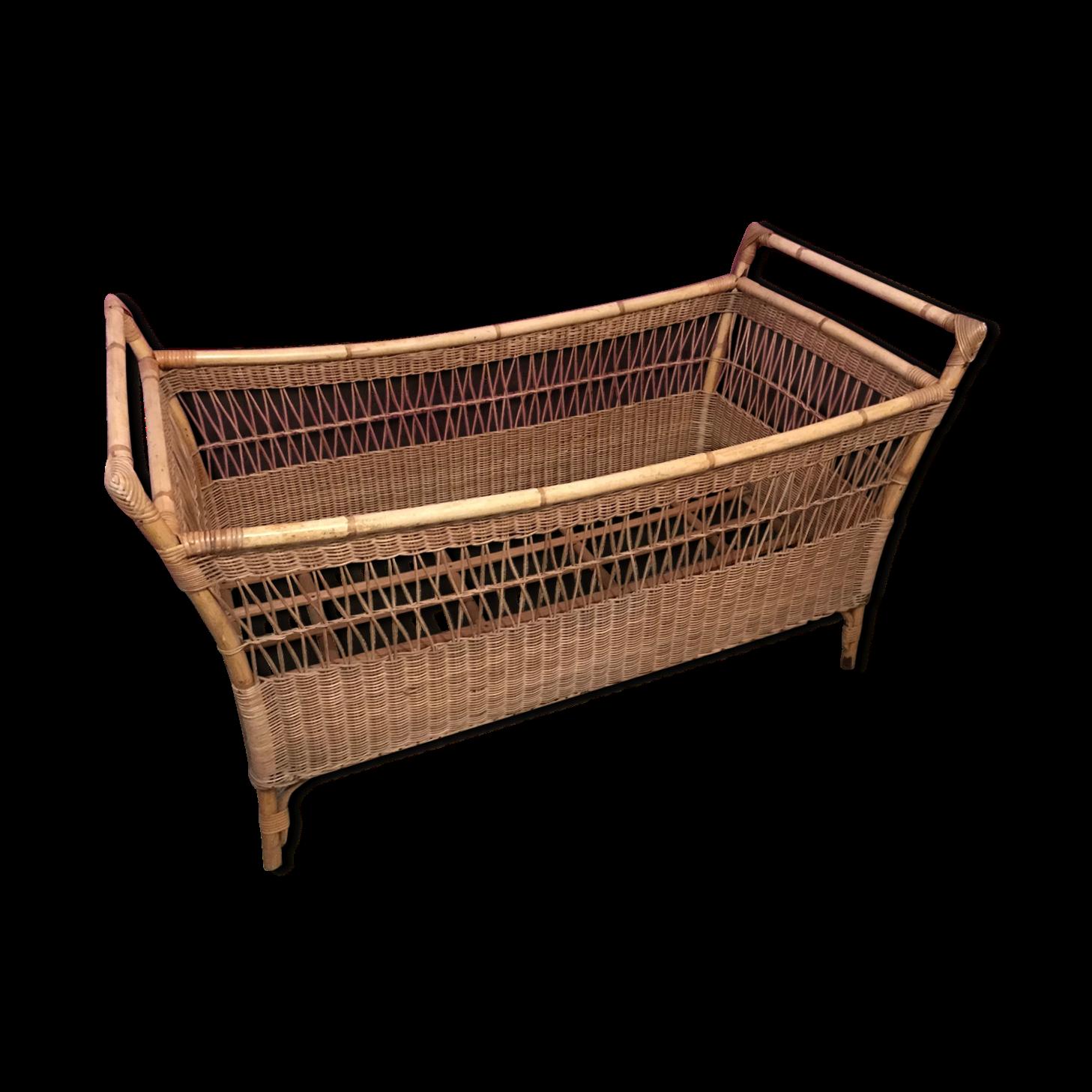 lit en rotin beautiful lit rotin vintage lit corbeille. Black Bedroom Furniture Sets. Home Design Ideas