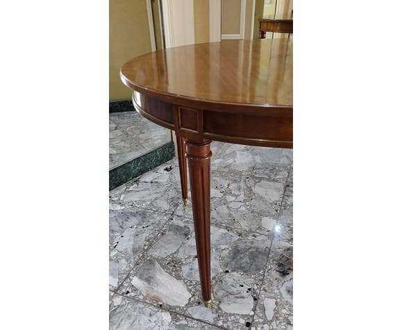 Louis Xvi Dining Table In Cherry And
