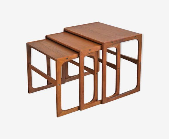 Set of 3 teak pull out tables