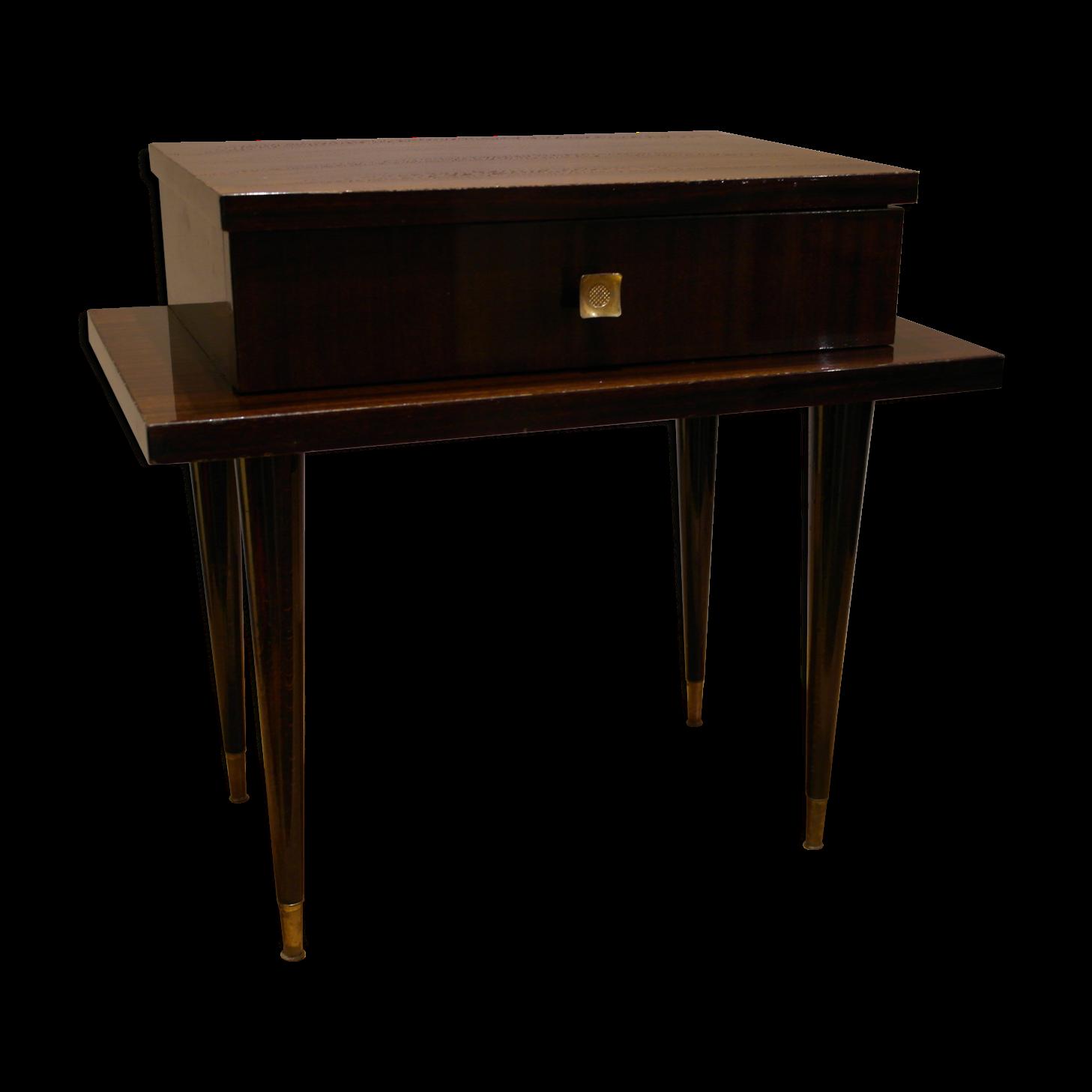 table de chevet en fer fashion designs. Black Bedroom Furniture Sets. Home Design Ideas