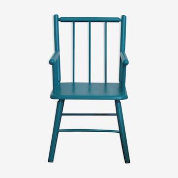 Blue duck wooden chair