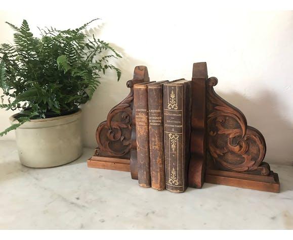 Serre-livres en bois