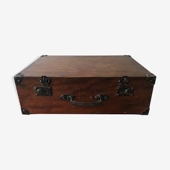 votre valise bo te chapeau en bois coup de c ur vous attend ici. Black Bedroom Furniture Sets. Home Design Ideas