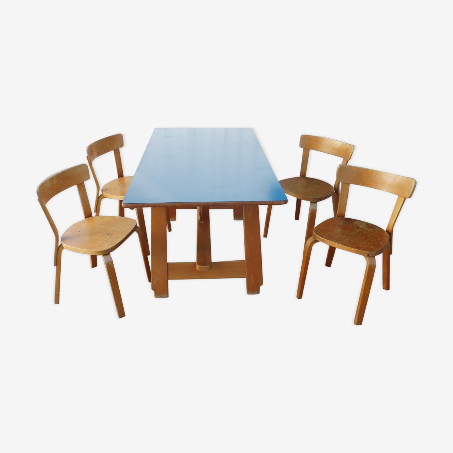 Table et 4 chaises Alvar Aalto