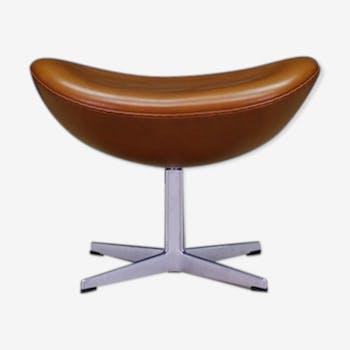 Repose-pied Egg de Arne Jacobsen pour Fritz Hansen