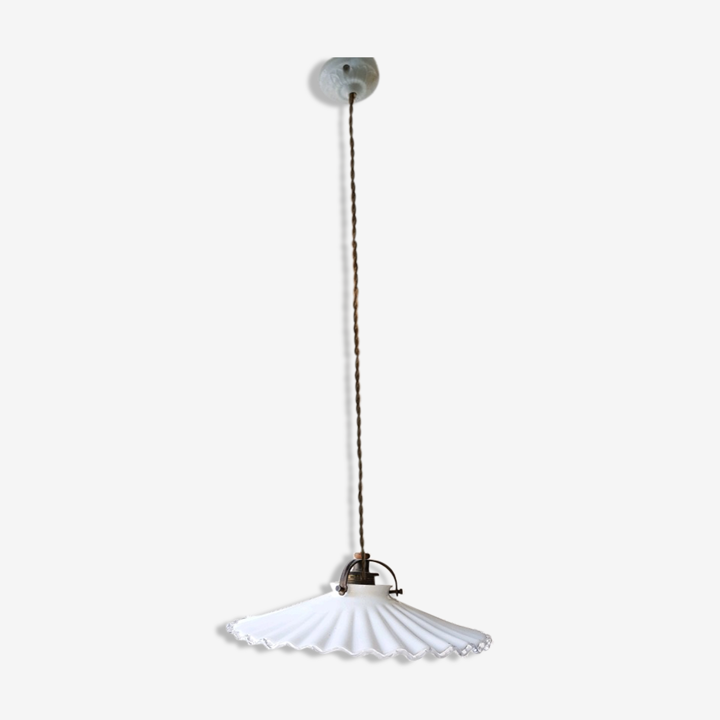 Hanging in wavy white glass