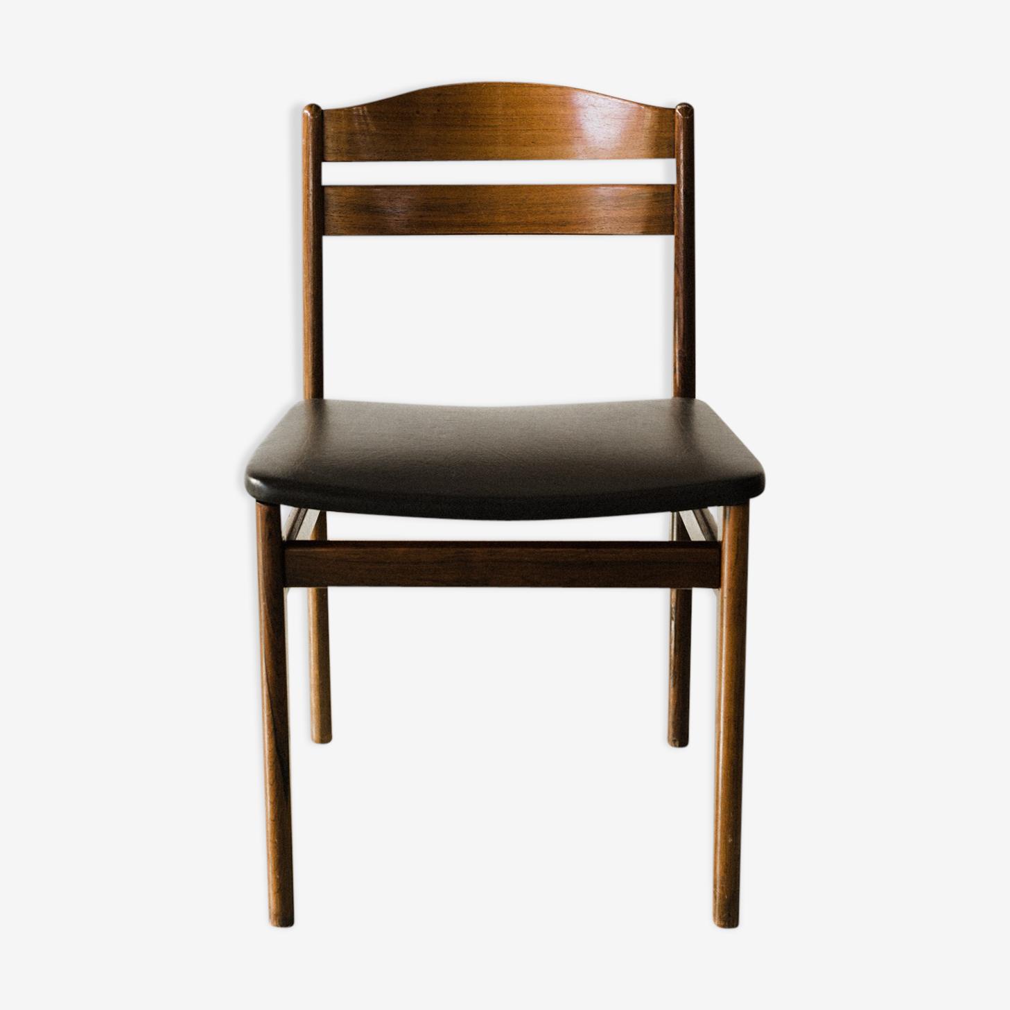 Chaise scandinave en bois et cuir noir