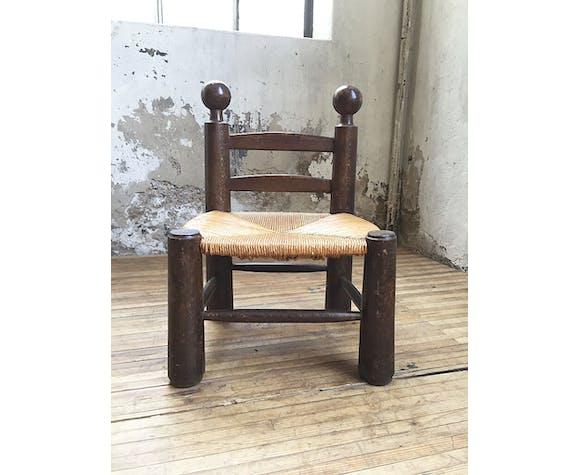 Straw chair