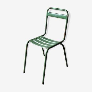 Chaises de bistrot en métal vert