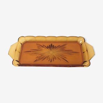 Yellow glass cake cake dish